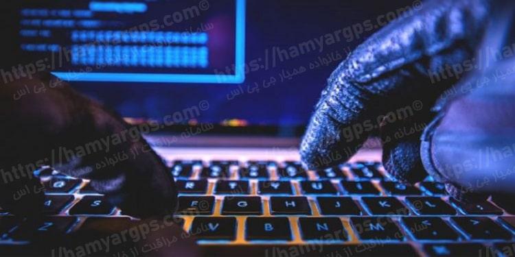 خطرات نرم افزارهای جاسوسی